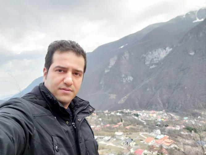 توزیع و پخش سیمان از درب کارخانه در غرب مازندران